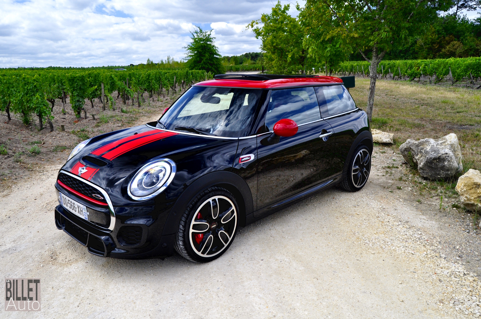 essai mini john cooper works la polissonne polic e le billet auto passion automobile. Black Bedroom Furniture Sets. Home Design Ideas