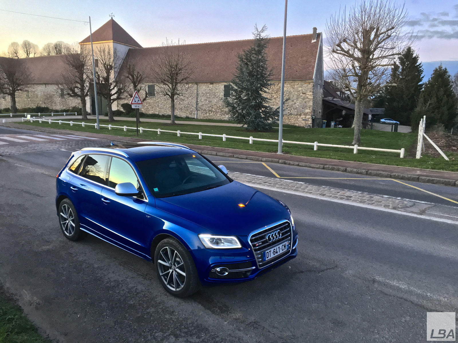 essai audi sq5 tdi 313 le billet auto test drive. Black Bedroom Furniture Sets. Home Design Ideas