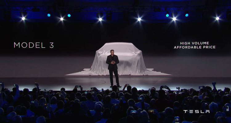 08400276-photo-tesla-model-3-unveil