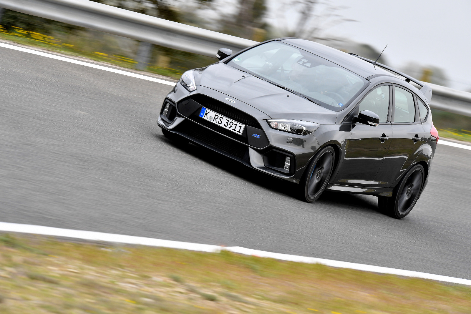 essai ford focus rs mkiii hot hatch sauce lba test drive. Black Bedroom Furniture Sets. Home Design Ideas