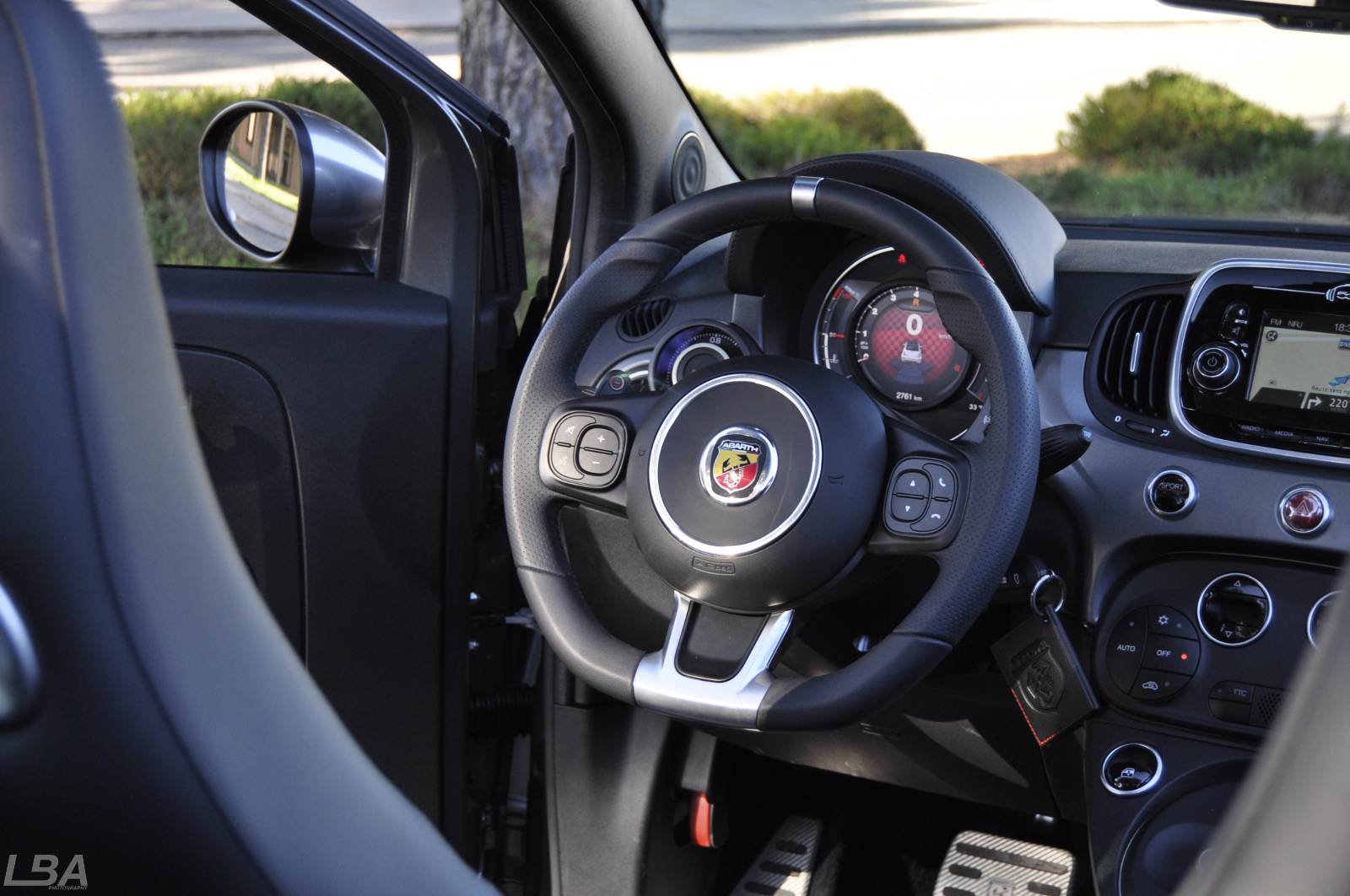 essai abarth 595 competitzione turismo le billet auto test drive. Black Bedroom Furniture Sets. Home Design Ideas